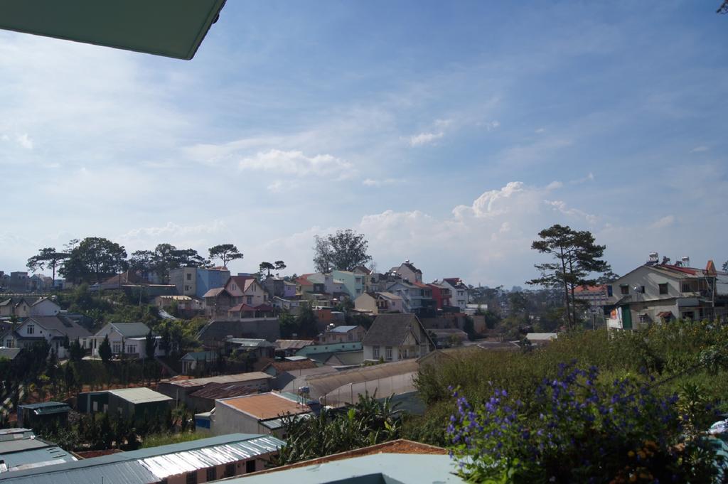 hoxuanhuong villa nhìn ra thành phố