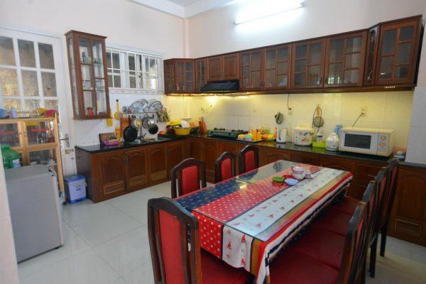 Phòng căn và bếp