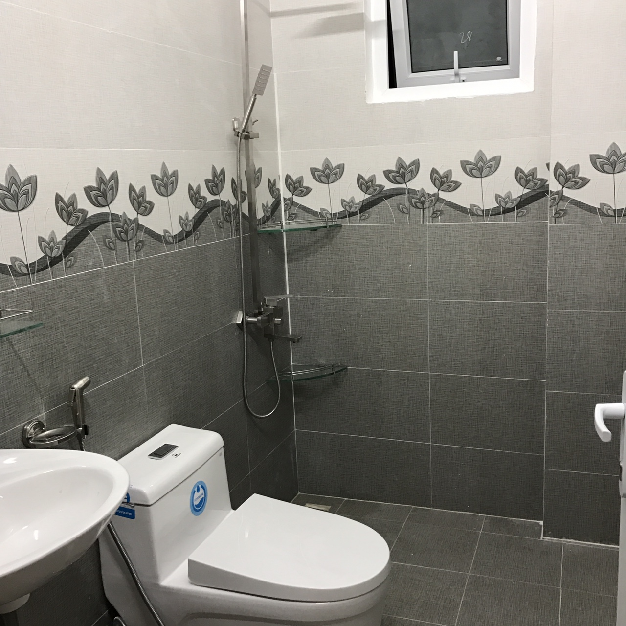 Nhà vệ sinh của hồng vy villa