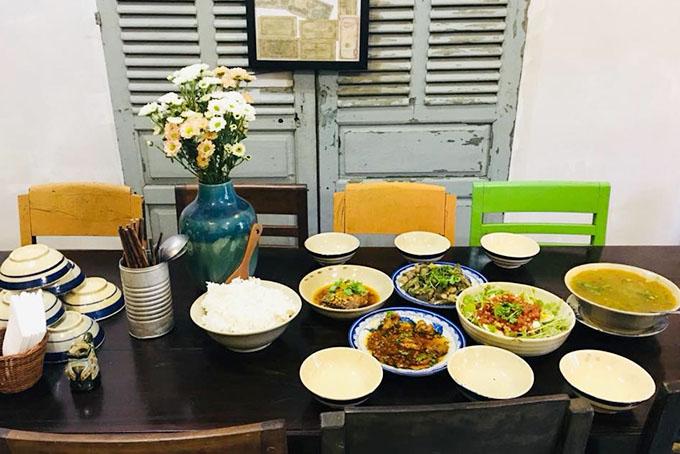 Về nhà có cơm - quán cơm ngon ở Đà Nẵng 2